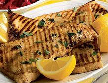 Olio extravergine di oliva intenso e deciso ideale con il pesce spada