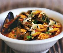 Olio Extravergine di oliva fruttato per condire la zuppa di pesce